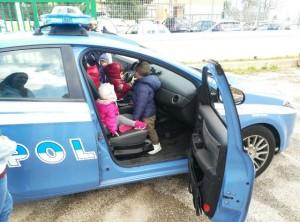 bimbi polizia