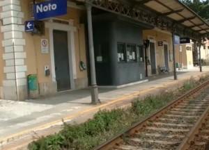 ferrovia noto