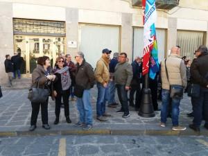 protesta dipendenti provincia