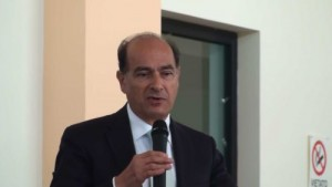 Siracusa sinistra italiana si struttura nel territorio for Struttura politica italiana
