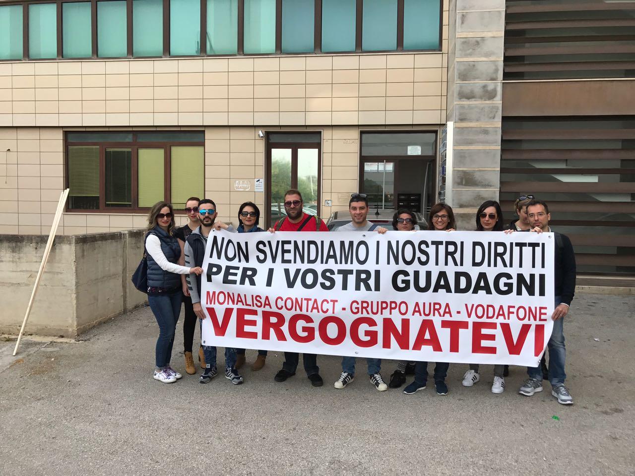 Siracusa. Licenziamento per 27 lavoratori del call center Monalisa, protesta in viale Santa Panagia