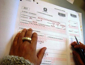 Siracusa permessi di soggiorno ripristinato il for Questura di ferrara ritiro permesso di soggiorno