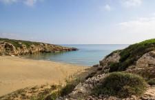 """La spiaggia di Calamosche tra le 7 """"bellissime ed intatte"""" d'Italia: lo dice AnsaViaggiArt"""