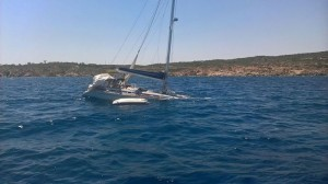 Incidente mare Golfo Aranci affonda barca a vela