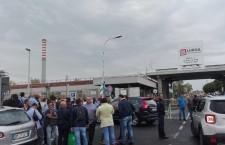 Zona industriale, presidio dei lavoratori ex Pellegrini: in 30 chiedono soluzione al loro caso