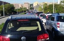Siracusa. Lavori in corso, il traffico si paralizza: code e attese in via Reimann e via Costanza Bruno