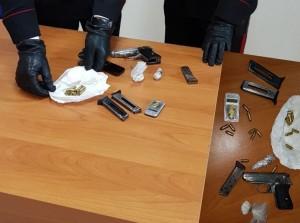armi e stupefacenti sequestrati lentini carlentini