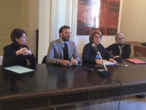 conferenza stampa francesco italia