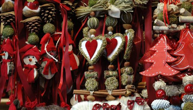 Siracusa natale ai villini dal 7 dicembre il mercatino for Mercatino dell usato siracusa