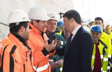 Matteo Renzi ad Augusta, nel pomeriggio visita alla Sasol per il segretario del Pd