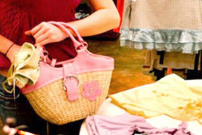 Siracusa. Ruba abiti da un negozio di abbigliamento, arrestata 41enne di Priolo